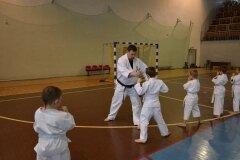Egzamin-na-stopnie-szkoleniowe-kyu-Kozienice-2013_755849