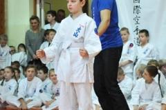 Mikolajkowy-Turniej-Oyama-Karate-w-konkurencji-kata-Garbatka--Letnisko-8122012-_739753