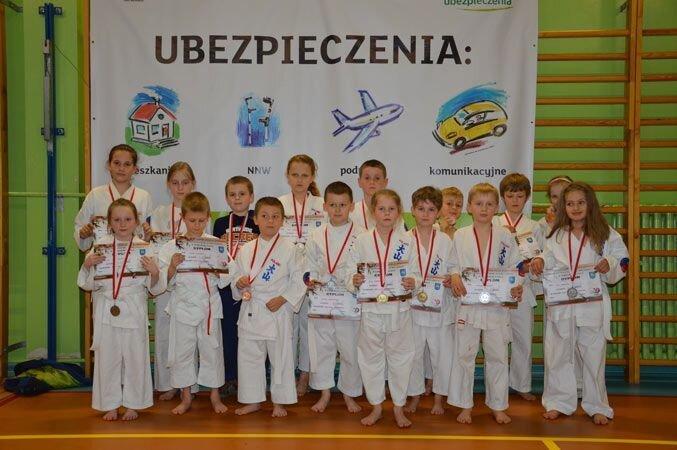 Mistrzostwa Kozienic Oyama Karate w konkurencji kata. 19.04.2013