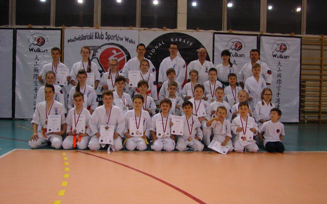 V Mistrzostwa Zwolenia Oyama Karate w konkurencji Kata