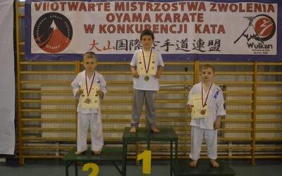VII Otwarte Mistrzostwa Zwolenia Oyama Karate w konkurencji Kata. Zwoleń 17 kwietnia 2018 r.