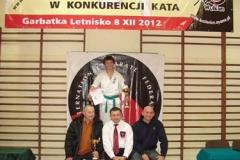 Mikolajkowy-Turniej-Oyama-Karate-w-konkurencji-kata-Garbatka--Letnisko-8122012-_731311